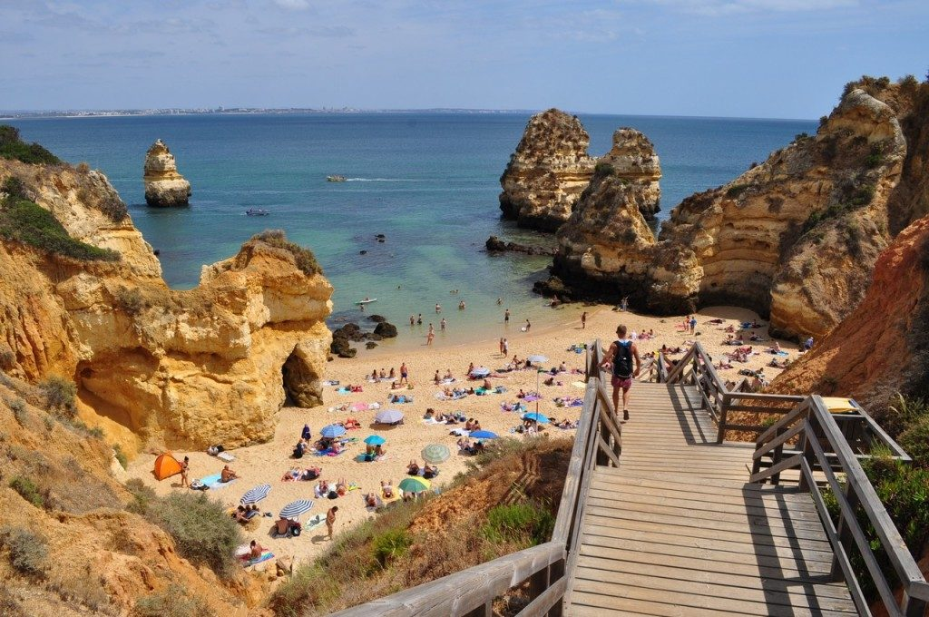 After renting a bike in Faro, you can ride to Praia do Camilo