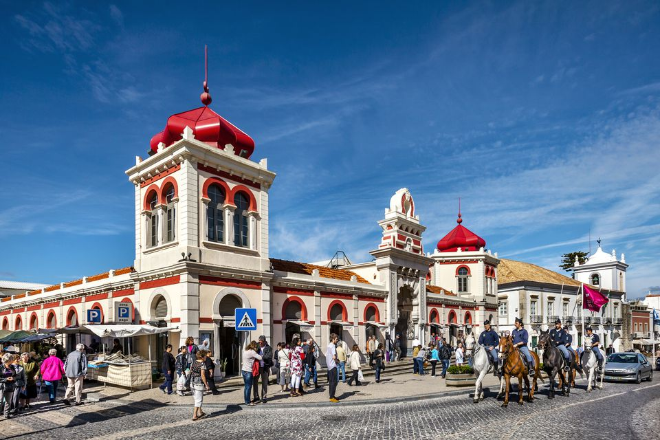 Loulé market, a place that you can visit after renting a bike in Loulé