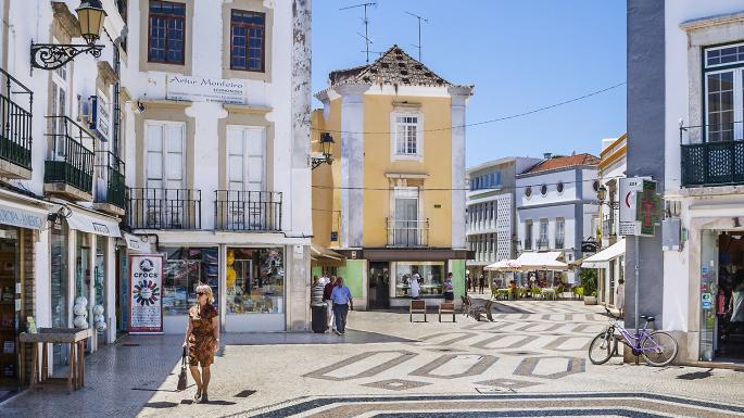 Rent a bike in Algarve and ride to The Old Town of Faro