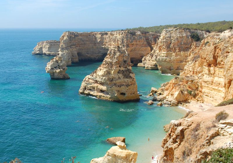 By renting and riding a bike, you can visit beautiful beaches and sightseeing amazing cliffs in Faro, Algarve