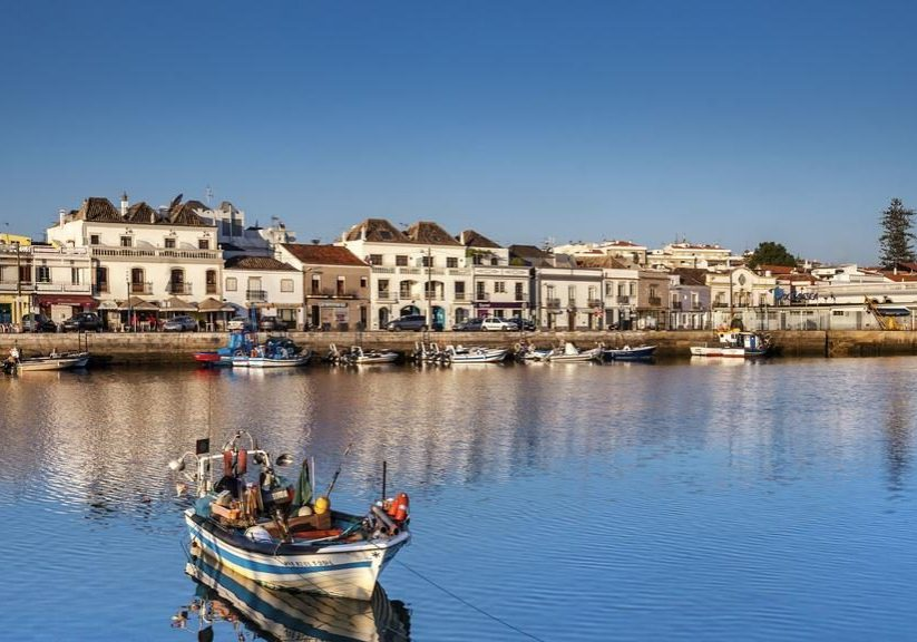 Besides renting a bike, you can also try to ride a boat in Tavira